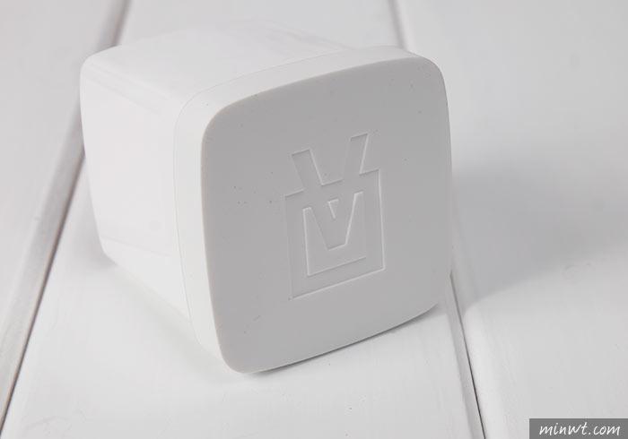 梅問題-[開箱]Cube 真實色彩感測器,有了它!跟色票本說掰掰!