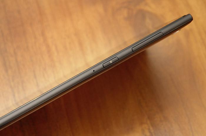 梅問題-《ASUS MEMO Pad7 ME572C》輕巧時尚兼具的極美平板
