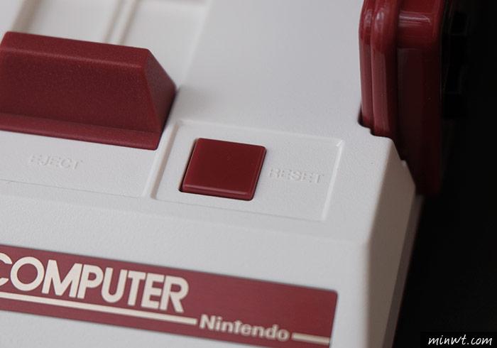 梅問題-辦公室必備小物,任天堂「迷你紅白機」內建30款經典遊戲