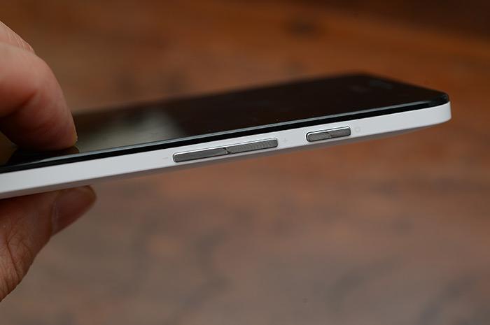 梅問題-《ASUS ZenFone5》超值平價5吋Android手機與Sony BSI相機鏡頭