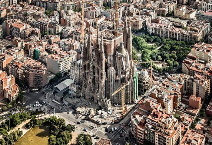 梅問題-西班牙巴塞隆納聖家堂,將用3D列印完成最後的工程