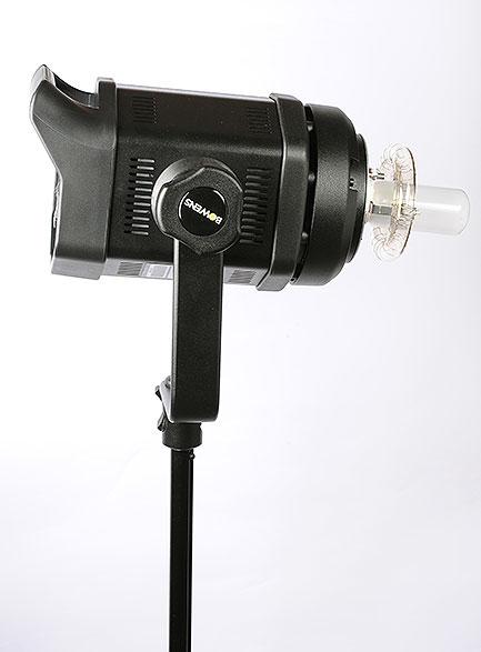 梅問題-器材分享-30歲的新玩具提前到來Bowens GM400
