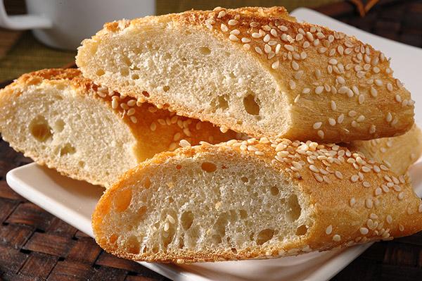 梅問題-商品攝影-蜂巢罩拍出金黃酥脆麵包