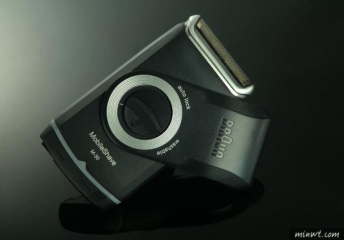 梅問題-「手機商品攝影-19」用手機拍出真男人電動防水刮鬍刀