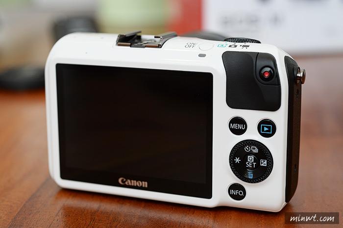 梅問題-《Canon eos M》微單初體驗與實拍