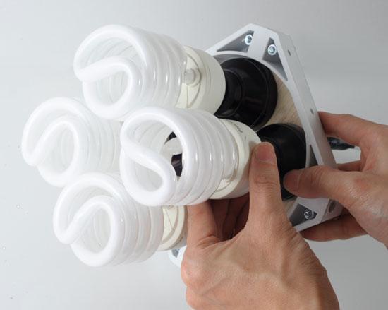 梅問題-攝影器材DIY-1000元有找自製冷光棚燈