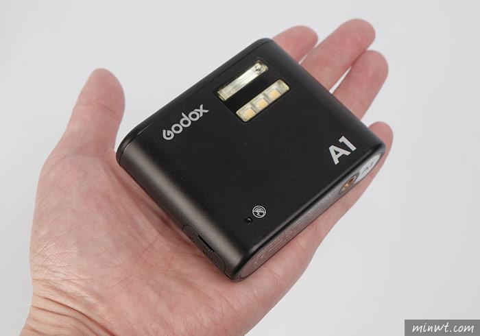 梅問題- 神牛Godox A1 專用手機而生的閃光燈,可離機閃、可引閃