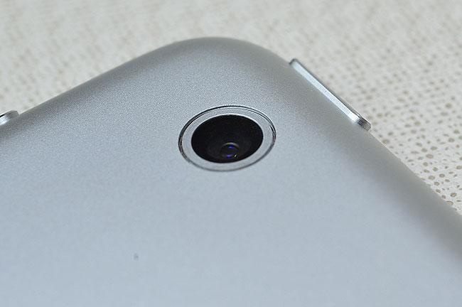 梅問題-iPad週邊配件-ipadMini鏡頭保護貼-有貼沒貼效果差很大
