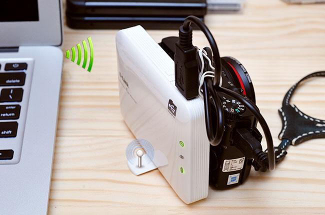 《D-Link DIR506L 雲享機》讓相機/隨身碟通通變成WiFi無線機