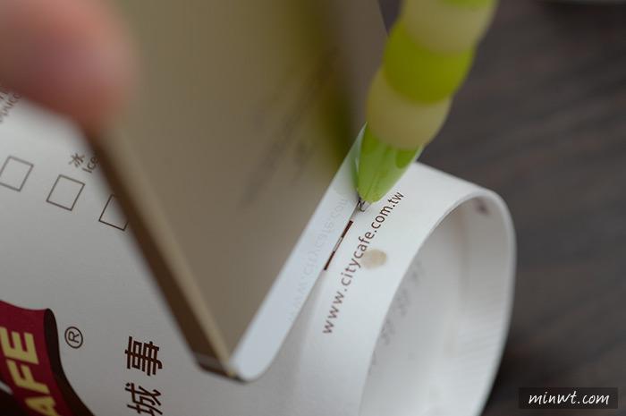梅問題-資源再利用-喝完的咖啡杯別丟!!自製手機專用座與揚聲器
