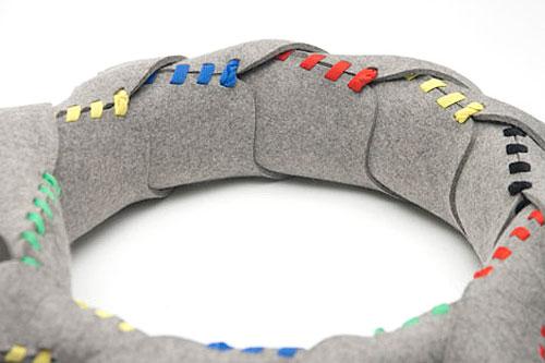 梅問題-生活DIY-1塊羊毛氈+1條鞋帶=簡約時尚室內拖