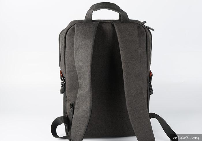 梅問題-ELECOM 防潑水帆布筆電相機兩用後背包