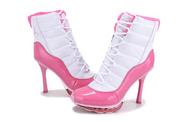 梅問題-生活小物- 穿著NIKE高跟鞋的惡魔《再打火鍋!小心老娘的高跟鞋》
