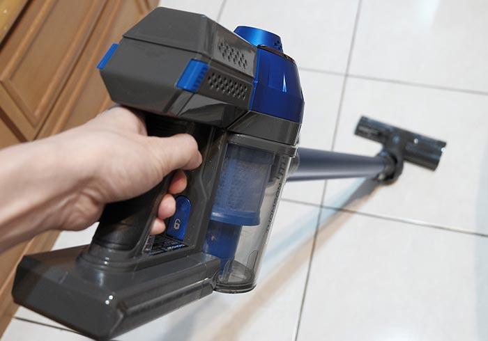 梅問題-「THOMSON湯姆盛 SA-V03D」來自法國平價的手持無線吸塵器,吸力永不衰減