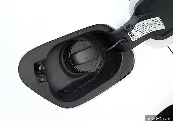 梅問題-[開箱]福斯Golf 2018第七傳代,ACC+AEB主動安全系統,讓行車更安全塞車也不怕