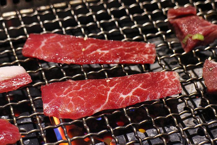 梅問題-《原燒》京華城新開幕,吃燒烤新選擇!
