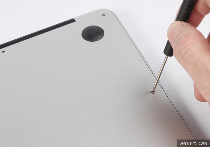 梅問題-Macbook Air 電池膨脹,自換電池一點也不難