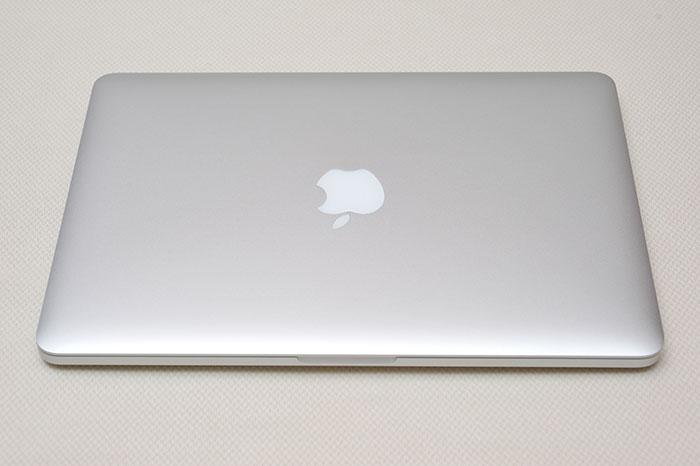 梅問題-MacBook Pro Retina 開箱 「舊款大降價」